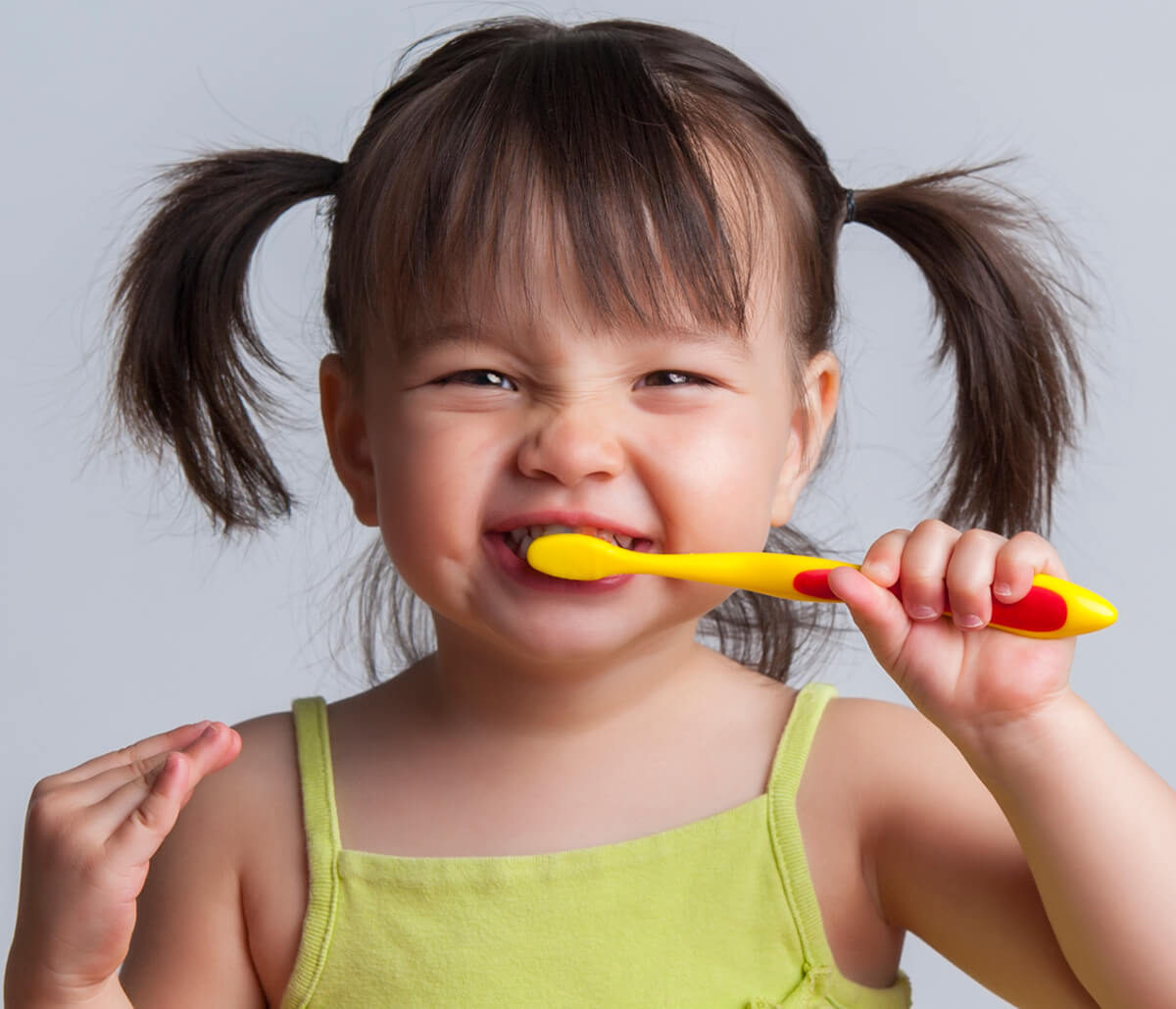 Get a Head-start on Kids Teeth Cleaning with Dentist in Greensboro Area